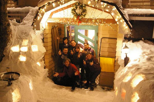 1月下旬から、2月にスノーキャンドルのお祭りが、