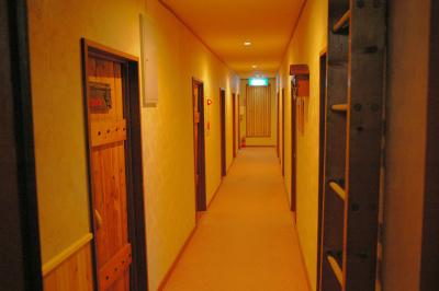 2階は、客室が11室並んでます。